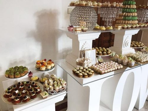 Candy bar tematic - prajituri evenimente