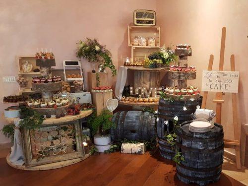 Candy bar tematic rustic - prajituri evenimente