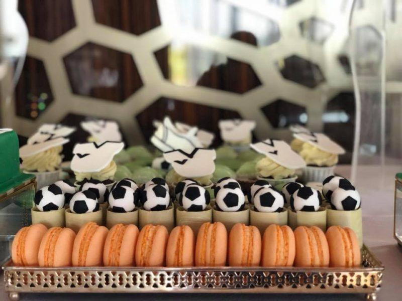 Candy bar tematic fotbal - prajituri evenimente
