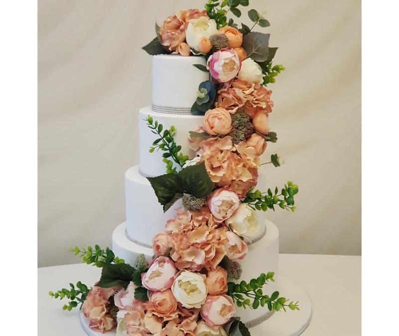 Tort nuntă Flowers Design